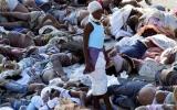 Dân Haiti chặn đường bằng xác chết