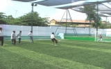 Lập sân bóng vì mục đích từ thiện