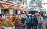 Hàng ngàn khách hành hương đi chùa Bà cầu lộc đầu năm