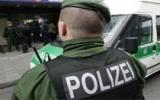 Hai cảnh sát Đức trấn lột tiền người Việt