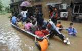 Mưa bão dữ dội hoành hành châu Á
