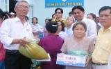 Tổ nhân đạo Thiện Hòa: Trao 100 phần quà cho bệnh nhân nghèo và hộ nghèo