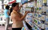 Giá sữa trong nước tăng ngay cả khi giá nguyên liệu giảm