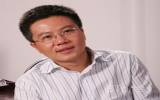 Chủ tịch nước Nguyễn Minh Triết và Thủ tướng Nguyễn Tấn Dũng chúc mừng giáo sư Ngô Bảo Châu