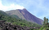 Núi lửa phun trào, Indonesia ra cảnh báo đỏ