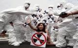 Một nữ ca sĩ Đài Loan khỏa thân để phản đối hạt nhân