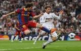 Messi lập cú đúp giúp Barca hạ Real Madrid tại Bernabeu