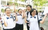 Kết thúc kỳ thi tốt nghiệp THPT 2011: Khen đề thi, lo tai nạn