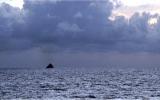 Tàu cháy ngoài khơi châu Phi, gần 200 người thiệt mạng