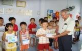 102 phần quà đến với học sinh nghèo