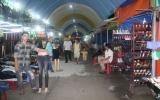 Nhộn nhịp chợ đêm Hòa Lân