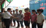 TBS Group trao học bổng khuyến học cho con em người lao động