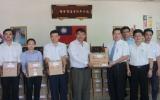 Chi hội Thương gia Đài Loan tặng 350 phần quà