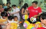 Ngân hàng HSBC Việt Nam tổ chức vui Tết Trung thu cho 2.500 trẻ em kém may mắn