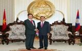 Thủ tướng Nguyễn Tấn Dũng tới Thủ đô Viêng Chăn