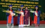 Đại học Thủ Dầu Một trao bằng tốt nghiệp cho 292 tân cử nhân
