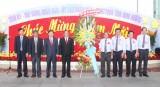 Đại diện cộng đồng người Hoa tại TP. Thủ Dầu Một chúc tết lãnh đạo tỉnh nhân dịp rằm tháng giêng