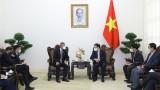 越南政府副总理范平明会见新加坡外交部长