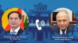 越南外交部部长裴青山与埃及外交部长萨迈赫•舒凯里通电话