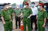Những chiến sĩ trên tuyến đầu chống dịch