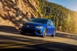 Volkswagen Golf R 2022 mạnh và đắt hơn Honda Civic Type R