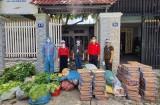 Cứu trợ khẩn cấp cho người dân bên cầu Phú Cường, huyện Củ Chi
