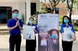 Trao tặng 500 giỏ quà cho sinh viên có hoàn cảnh khó khăn