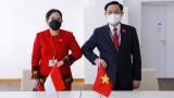 越南国会主席王廷惠会见印尼国会议长