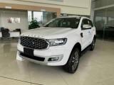 Ford Everest giảm giá hơn 100 triệu đồng