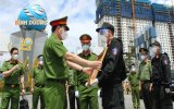 Deputy Minister of Public Security inspects, encourages and rewards the forces on duty in Binh Duong