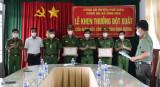 Công an tỉnh khen thưởng đột xuất 3 cá nhân ở huyện Phú Giáo