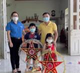Tuổi trẻ khắp nơi trong tỉnh tổ chức Tết Trung thu cho các em thiếu nhi