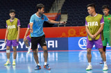 HLV trưởng Futsal Việt Nam dương tính với Covid-19