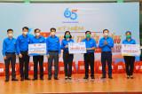 Trung ương Đoàn TNCS Hồ Chí Minh thăm, tặng quà các lực lượng chống dịch tại Bình Dương
