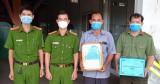 Công an huyện Phú Giáo: Trao thư cảm ơn các gia đình hỗ trợ tuyến đầu chống dịch