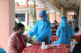 Công tác triển khai tiêm vắc xin diễn ra an toàn, trật tự